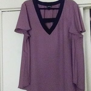 Beautiful torrid top size 1(14 /16)great condition